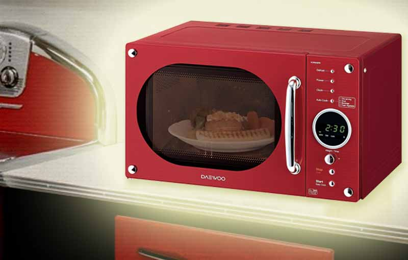 Daewoo Retro Microwave Oven 23-Litre Red